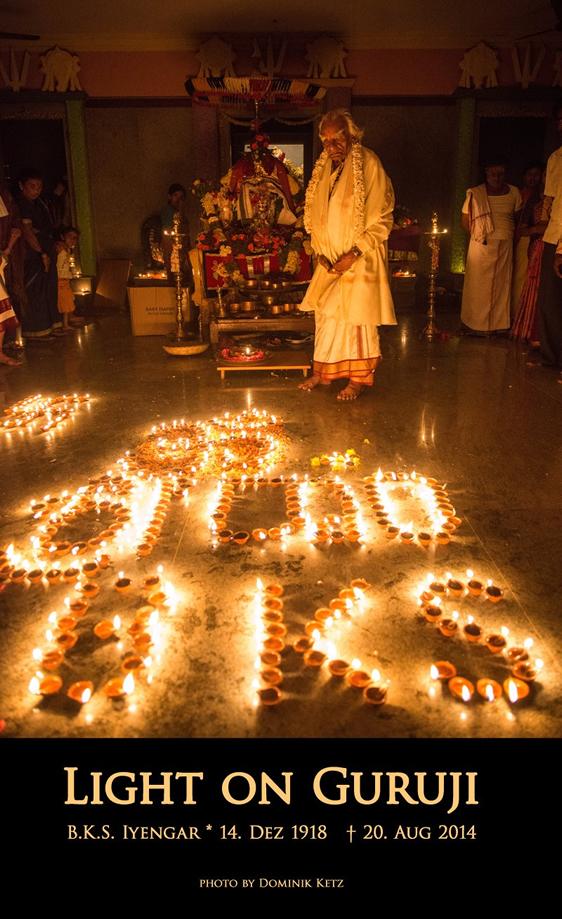 Yoga Mannheim BKS Iyengar Light on Guruji